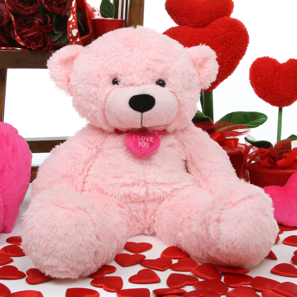 always be on your loved ones mind with a valentines day bear